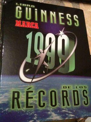 Libro Guinnes 1999 de Los Records by Guinness World Records