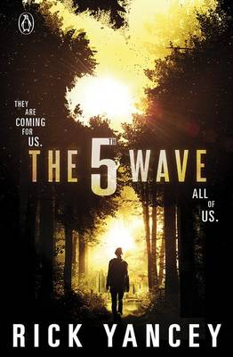 The The 5th Wave (Book 1) by Rick Yancey