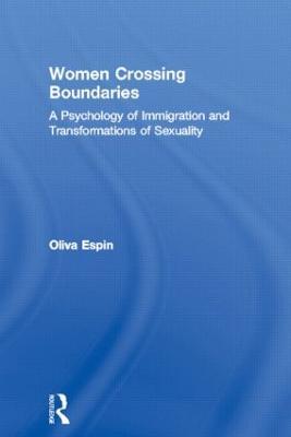 Women Crossing Boundaries by Oliva M. Espin